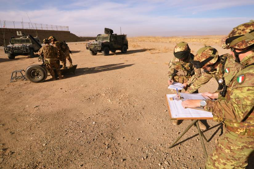 Aintru de un'annu torrant a domu is militaris italianus in Afghanistan