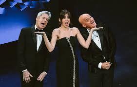 Prus pagu genti at castiau su Festival de Sanremo