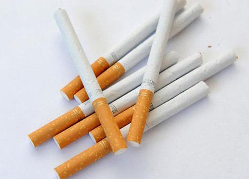 De Sinnia a Deximu po comporai is sigaretas: frimau e multau!