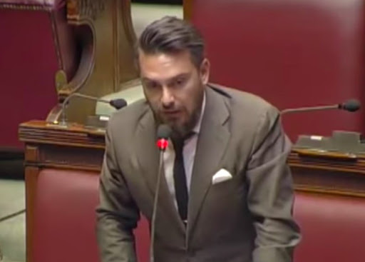 Ricciardi, deputau Steddau, si dda pigat cun sa sanidadi de sa Lombardia