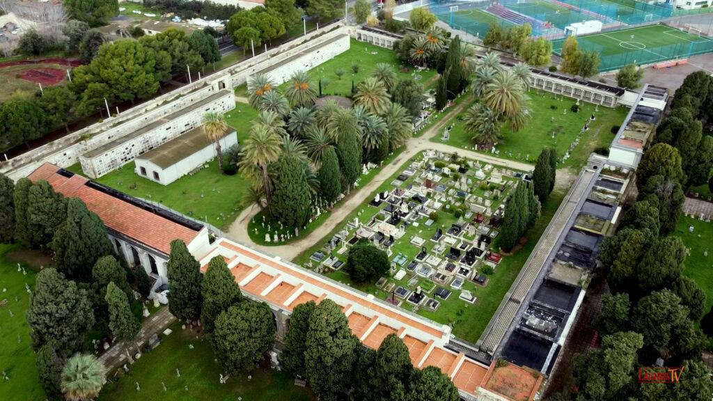 24.. il cimitero di bonaria vista dallalto 3