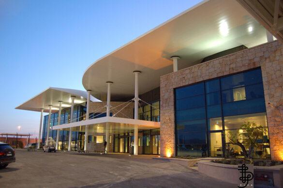 1280px DL2A Terminal Olbia Airport Sardaigne 2